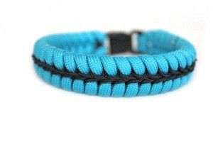 bracelet center stitched bleu/noir